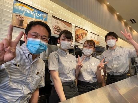 人気カフェとガソリンスタンドの併設店。土日入れる方大歓迎!